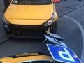 В Москве такси въехало в толпу, есть пострадавшие