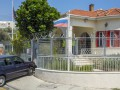 На Кипре авто протаранило ворота перед консульством РФ