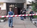 В Киеве мужчину застрелили в подъезде посреди дня