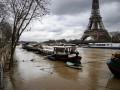 В Париже наводнение: Сена вышла из берегов