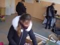 Одесские копы во время обыска обокрали фирму для слепых: Видео попало в Сеть