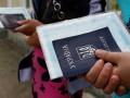 Трудовая миграция: Где ждут украинцев и сколько готовы платить - инфографика