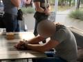 Офицера полиции задержали при получении 50 тысяч гривен взятки