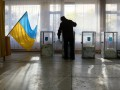 В Одессе глава избиркома побил избирателя, а на Донеччине подрался избирком