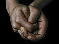 В Германии африканец в одних трусах избил ногами 73-летнюю старушку