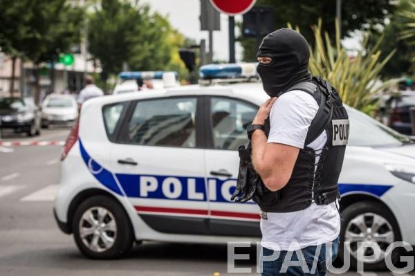 Пятерых подозреваемых по теракту в Ницце заключили под стражу