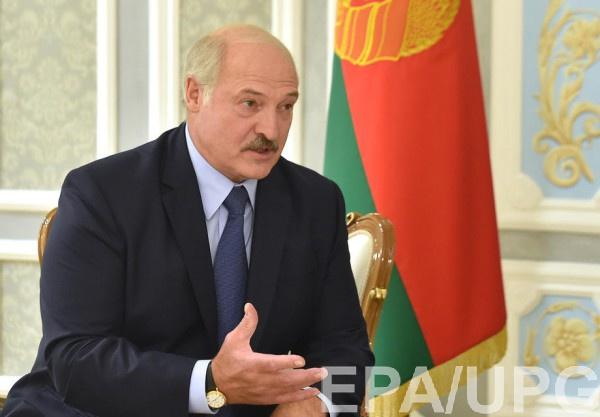 Лукашенко призвал поддержать украинскую власть, поскольку ее могут свергнуть