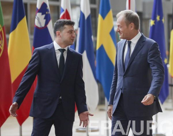 Зеленский и Туск обсудили саммит Украина-ЕС