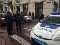 Евробляхеры блокируют улицу перед Львовской таможней