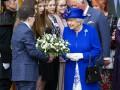 Королева разочарована британскими политиками - СМИ