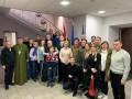 Группа бывших политзаключенных украинцев отправилась на реабилитацию в Латвию