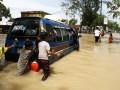 Наводнение на Суматре: эвакуированы тысячи человек