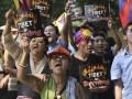 Китай объявил награду за информацию о тибетцах, которые хотят сжечь себя