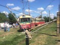 В Харькове трамвай вылетел с рельсов и сбил два столба