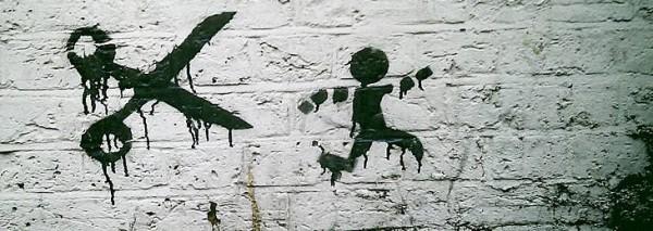 Секрет детства раскрыт: почему все-таки нельзя бегать с ножницами
