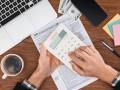 Обнародовать доходы  скрыть не удастся: Фискалы знают, где ставить запятую