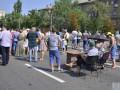 КГГА ответила на протесты: электричество и воду в проблемные дома не дадут