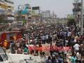 В Бангладеш обрушился многоэтажный торговый центр. Погибли 25 человек, сотни остаются под завалами