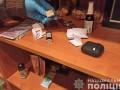 В Житомире мужчина снимал порнографию с девочками-подростками