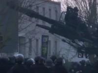 Появилось видео штурма террористов, расстрелявших редакцию Charlie Hebdo