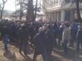 Возле здания ВР Крыма произошла массовая драка – СМИ