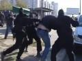 Правый сектор в Киеве: на Троещине произошла массовая драка