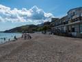 Туристов нет, но вы держитесь: Российский блогер показал пустые пляжи Крыма
