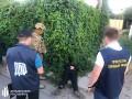 На Донбассе за вымогательство и наркоторговлю задержали полицейских