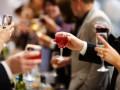 Сколько алкоголя выпили чиновники в украинских госучреждениях – инфографика