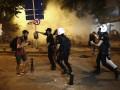 Полиция Стамбула пустила слезоточивый газ и водометы против фанатов Radiohead