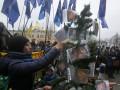 День в фото: Новогодние елки для Ахметова и одесситов