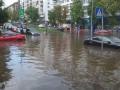 Жители столицы жалуются на затопленные из-за ливня дома