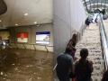 Подводное плавание: как в Вашингтоне метро затопило