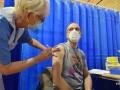 Еврокомиссия разрешила использовать вакцину Moderna