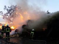 Под Киевом произошел масштабный пожар на складе древесины
