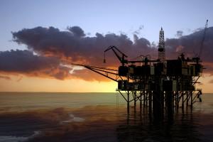 Цены на нефть упали до минимума за два года