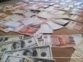 Госпогранслужба задержала мужчину с миллионом российских рублей