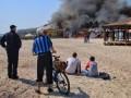 В Одессе на набережной горит ресторан