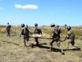 Сутки на Донбассе: 12 обстрелов, ранен военный