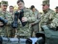 Порошенко потребовал у военных за неделю одеть армию