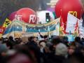 Во Франции забастовка длится десятый день