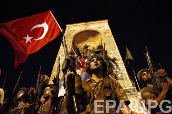 Попытка переворота в Турции провалилась