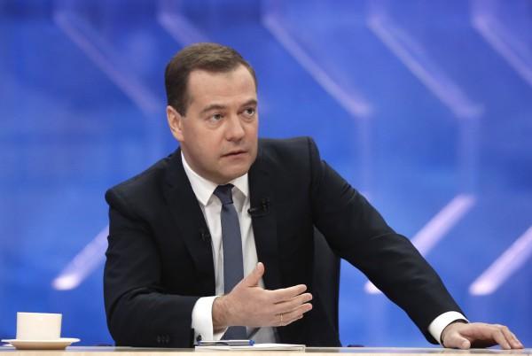 Медведев: Отношение ЕС к Украине похоже на неоколониализм