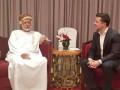 У Порошенко готовят запросы касательно поездки Зеленского в Оман