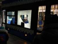 В Киеве вандалы атаковали скоростной трамвай