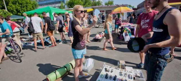 Розничная торговля в Украине замедлила рост