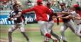 Бейсболист побил противника битой и спровоцировал массовую драку