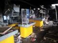 Под Славянском местные жители разграбили супермаркет (фото)