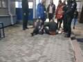 В Запорожье беременная женщина с ножом напала на детей