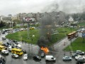 На Дарницкой площади в Киеве посреди дороги сгорело  авто